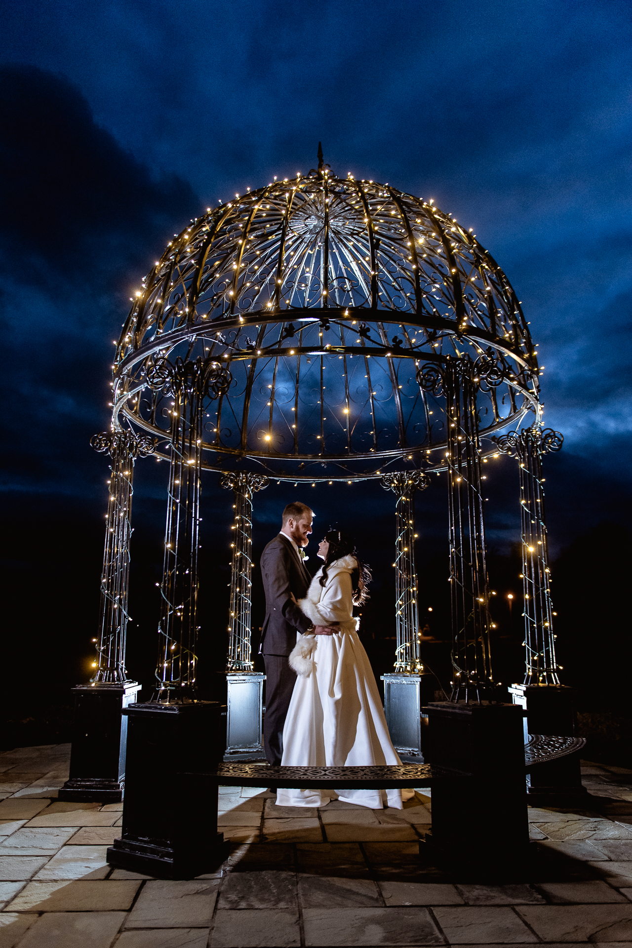 Falkirk wedding photographers